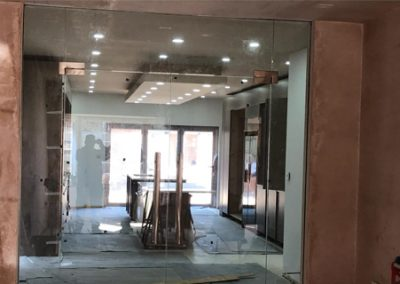 frameless-shopfronts-image-3